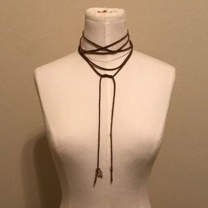 Long Choker with jewels